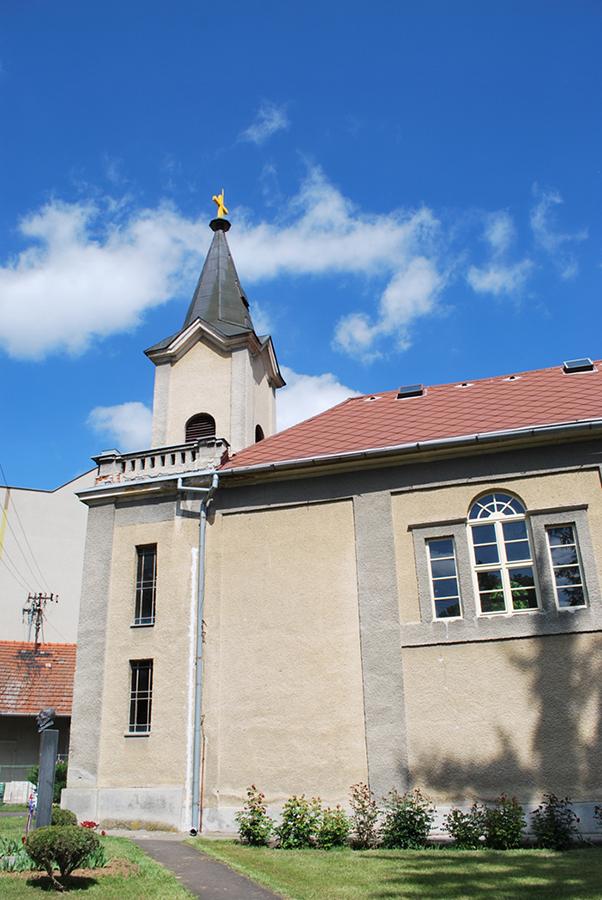 Klasicistický evanjelický kostol Levice